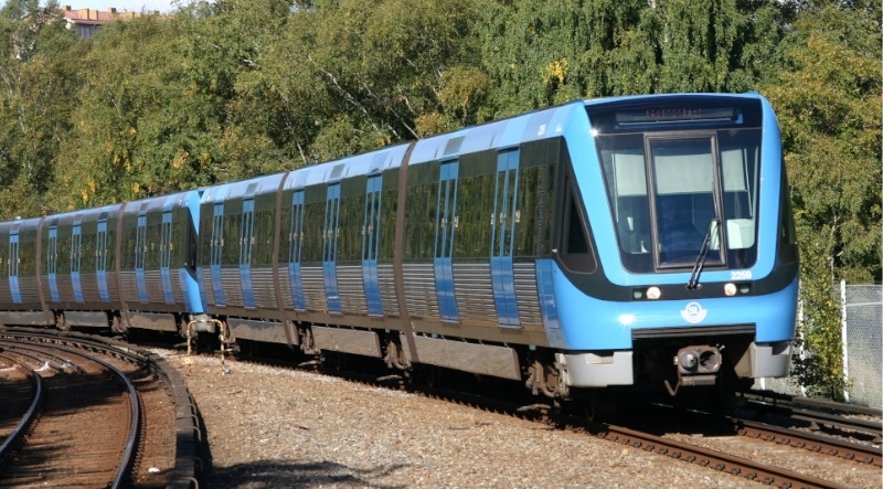 Trafikutskottet vill dubbla målet för kollektivtrafiken