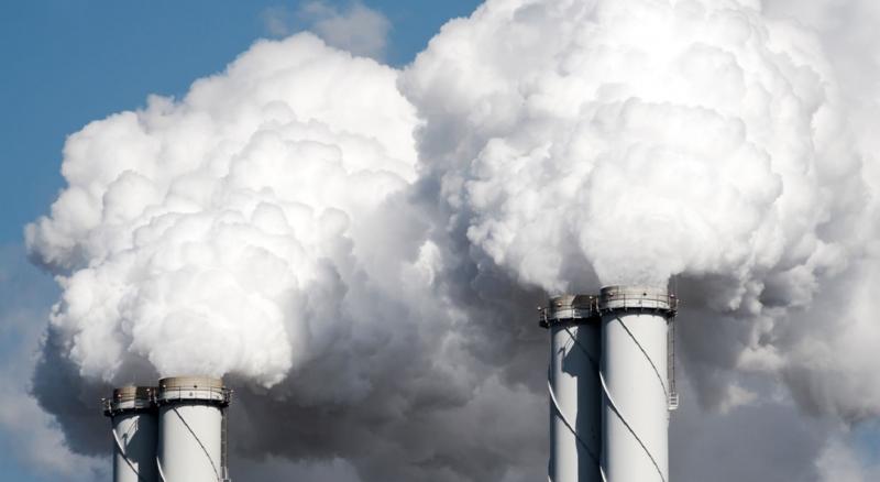 Regeringen manar industrin att bli fossilfri