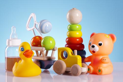 Förbjudna kemikalier i var sjunde leksak