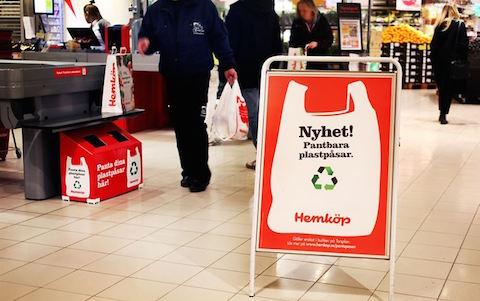 Hemköp inför pant på plastpåsar