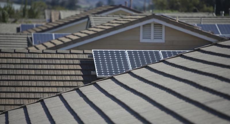 Svenskarna beredda att betala för egen solproduktion
