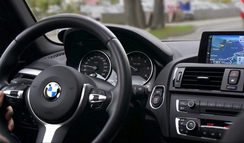 8 fordonsjättar riskerar miljardböter vid missade miljömål