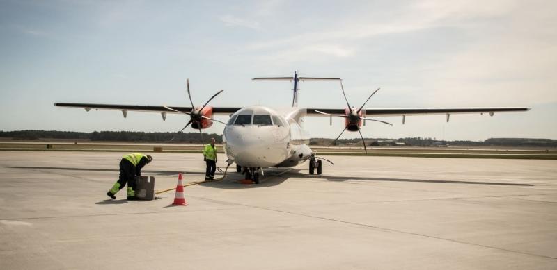 Resor med inrikesflyg minskade 2018