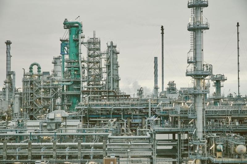 Analys: Utbyggnaden av raffinaderiet i Lysekil – en komplicerad fråga