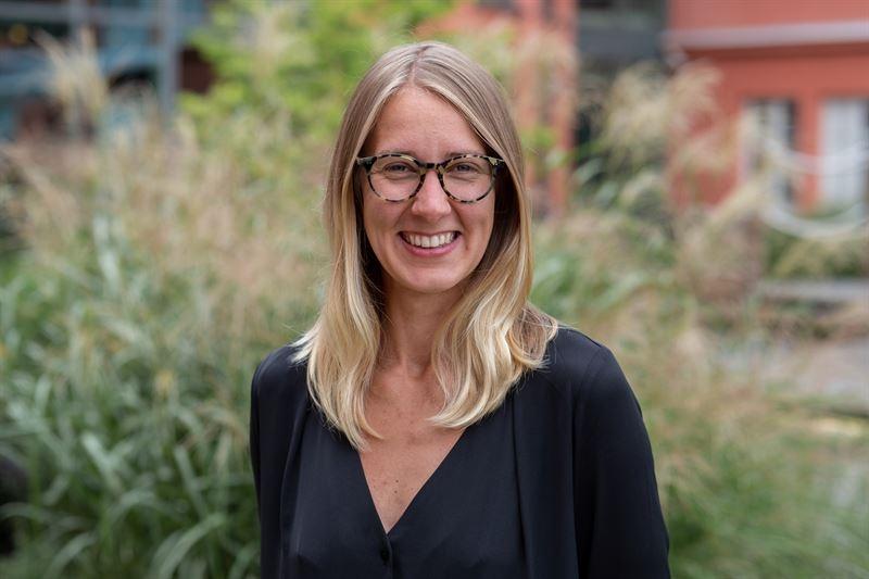 Johline Z. Lindholm lämnar hållbarhetsrörelsen – blir PR-chef på Telge Energi