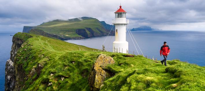 Bönderna har tröttnat – Färöarna inför vandringsavgift och städdag