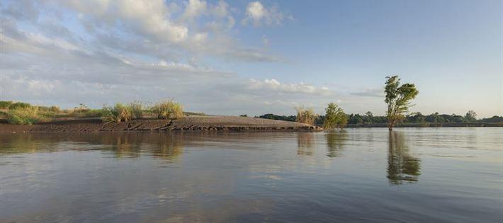 Omstritt dammbygge stoppas i Kambodja