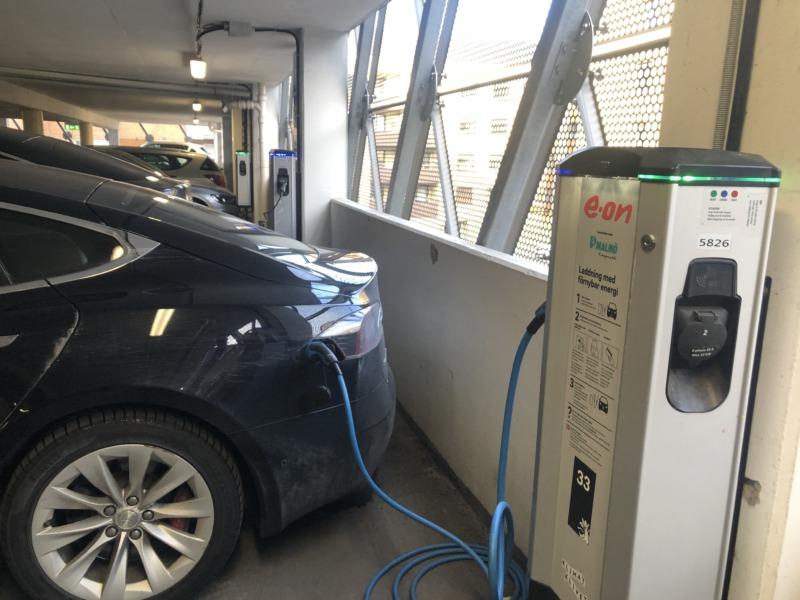 Smart elbilsladdning kapar effekttoppar