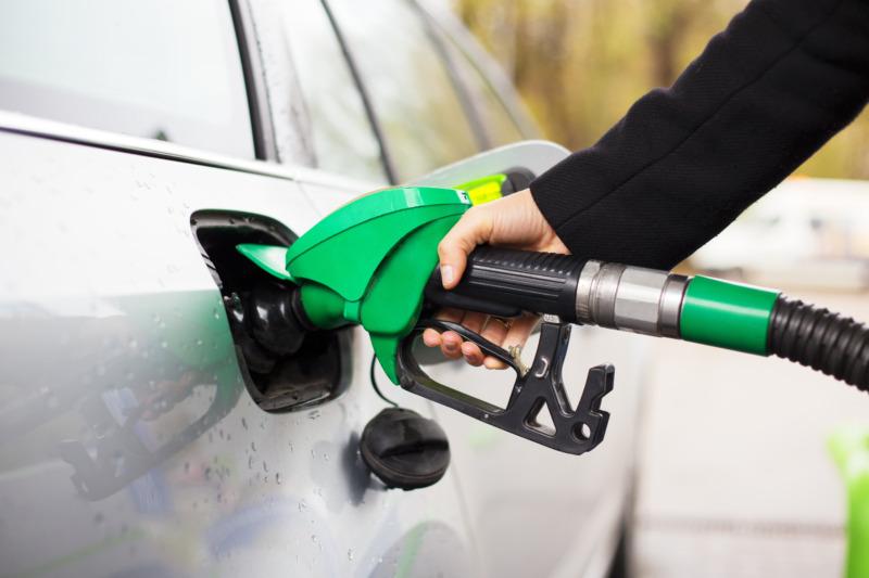 Neste och Volvo utvecklar förnybar bensin