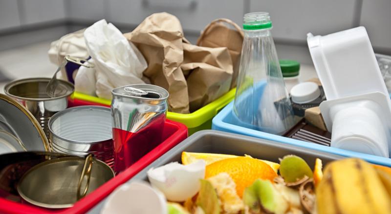 Hushåll tävlar i att halvera sitt avfall
