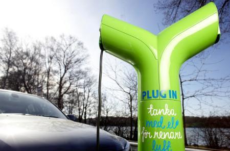 Flera elbilsstandarder på gång