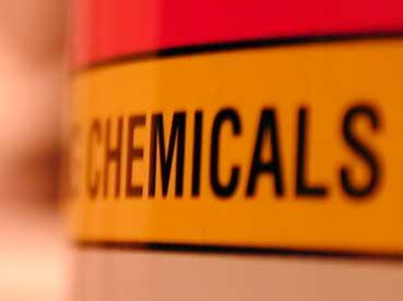 851 kemiska produkter bort från hyllorna