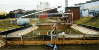 Enkel teknik renar vatten från olja